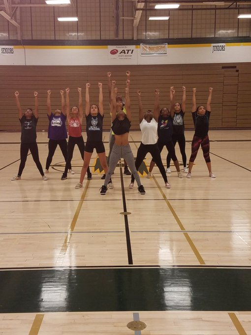 RT @richeastpoms: #Competition Prep! Join us tomorrow as we compete at Andrew High School. 💚💛💚💛 https://t.co/4apfdkG5F0