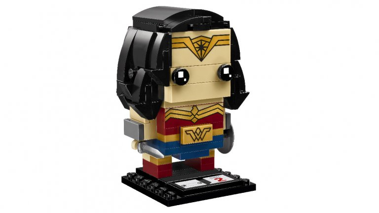Exclusive: #JusticeLeague unites as Lego BrickHeadz https://t.co/YdAm3DcTBy https://t.co/9xjmuBM4yw