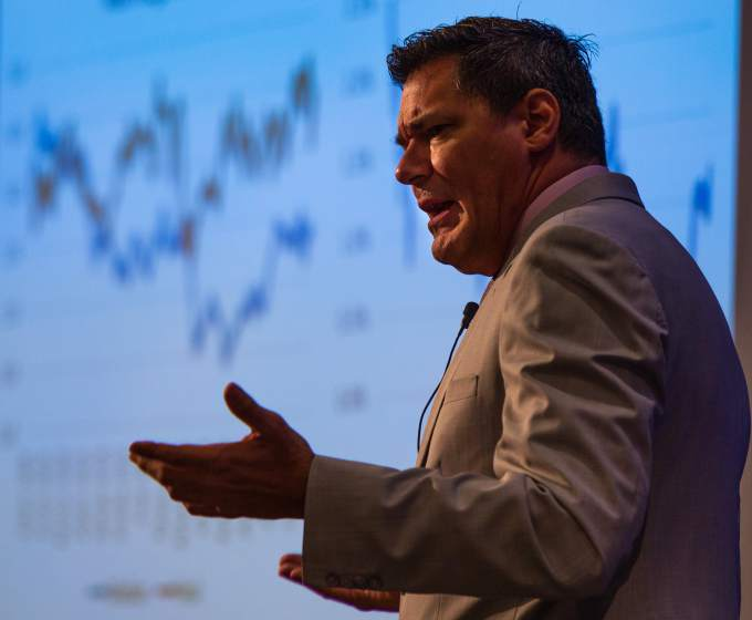 Economist to Sonoma County business leaders: 'You must build now'