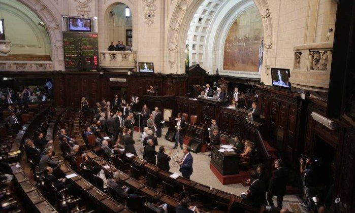 PSOL vai à Justiça tentar anular decisão da Alerj