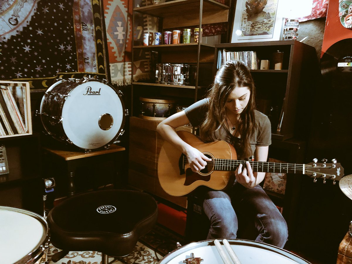 Go behind-the-scenes at our shoot with @EliseTrouw at her studio on our Instastory: guitarcenter 🥁🎸 https://t.co/oFSx9OqPjo