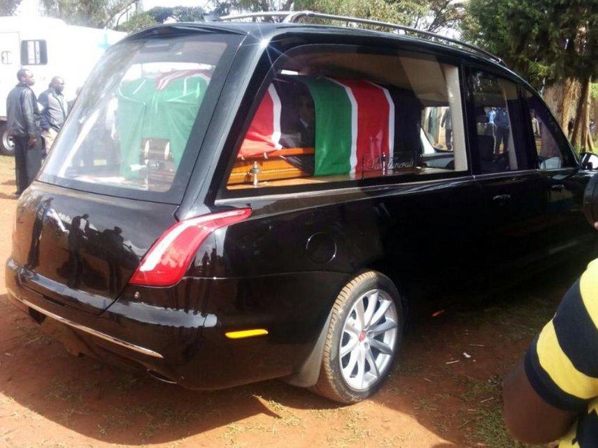 Wahome Gakuru's body arrives in Nyeri, burial ceremony underway