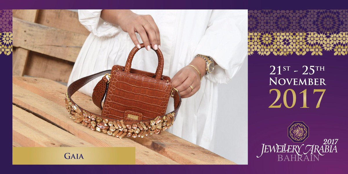 test Twitter Media - Gaia luxury brand inspired by mother earth, and this is their beautiful box clutch that you can get at Jewellery Arabia this year 💍 #gaialuxury #jewelleryarabia2017 #elegant #beautiful #classy #amp https://t.co/sS684CjjH8