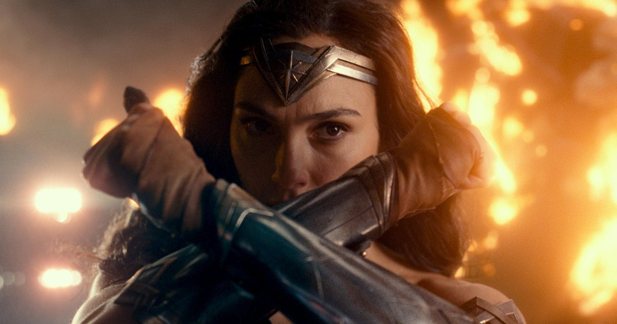 Here's what critics are saying about JusticeLeague: