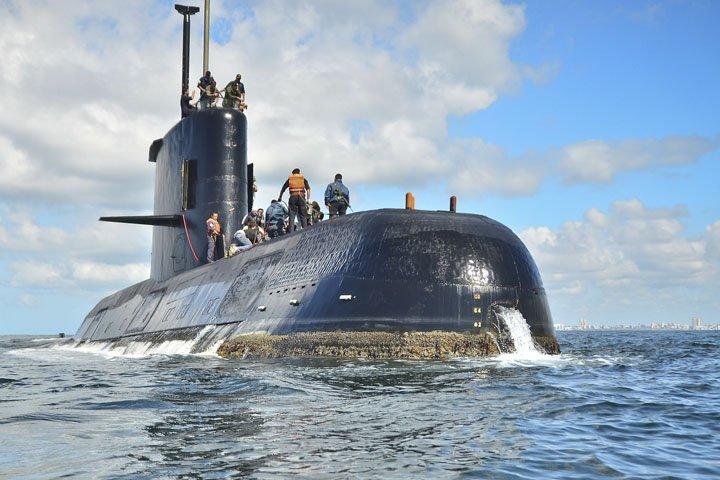 @BroadcastImagem: Argentina aumenta esforços para encontrar submarino desaparecido há três dias. Marinha da Argentina/AP/Arquivo