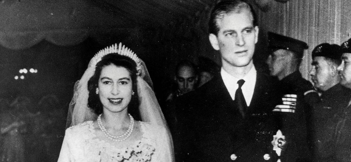 The Look of Love! Queen Elizabeth and Prince Philip Share 70th Anniversary Photo: