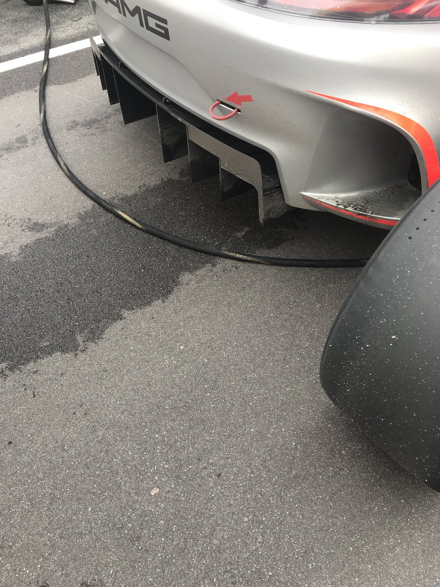 test Twitter Media - Slicks for everyone on a largely dry surface. Cars did a few sighting laps; it's not really wet enough for wets #MacauGP #FIAGTWorldCup https://t.co/IT4aOalosF