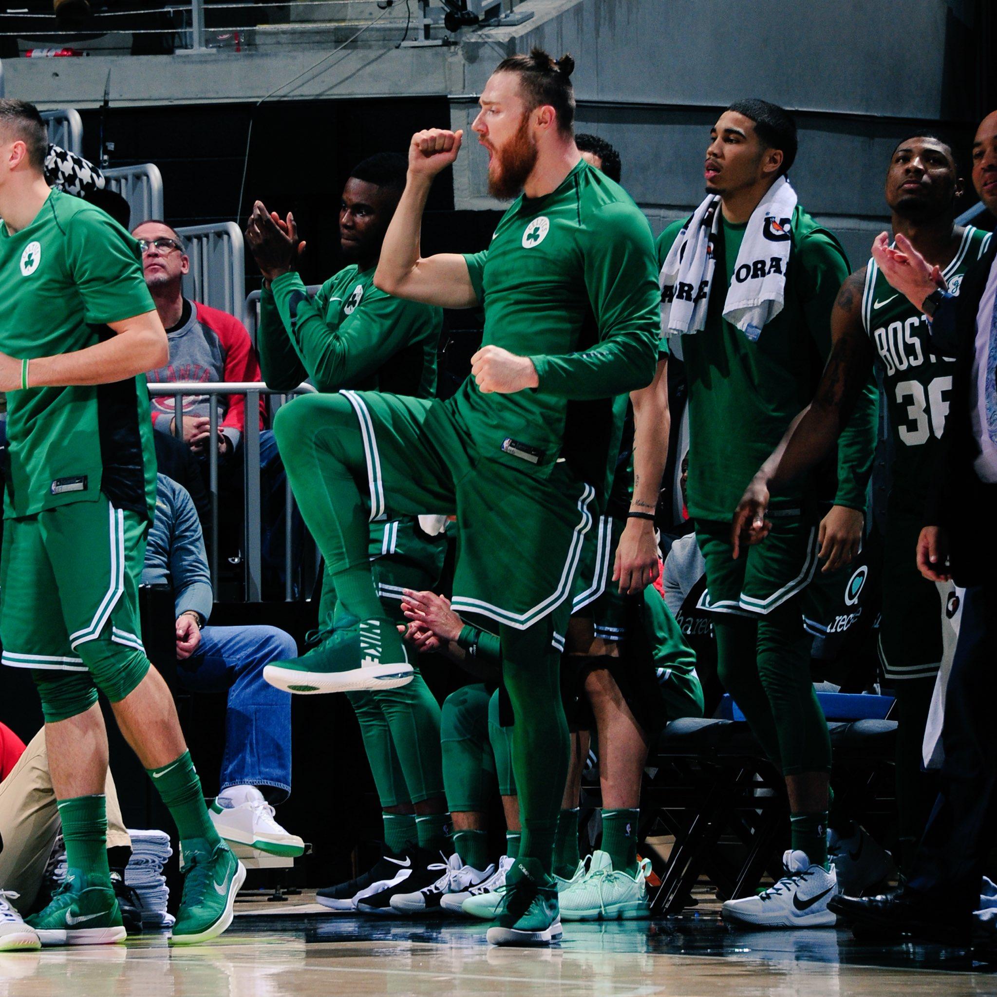 MAKE IT 15 IN A ROW  #CelticsWin in Atlanta 110-99 https://t.co/c2VYQn3LhR