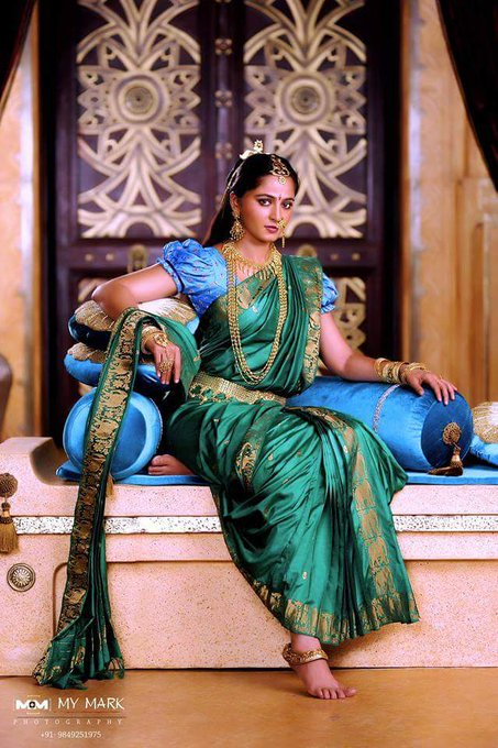 Wish you very very happy birthday anushka shetty