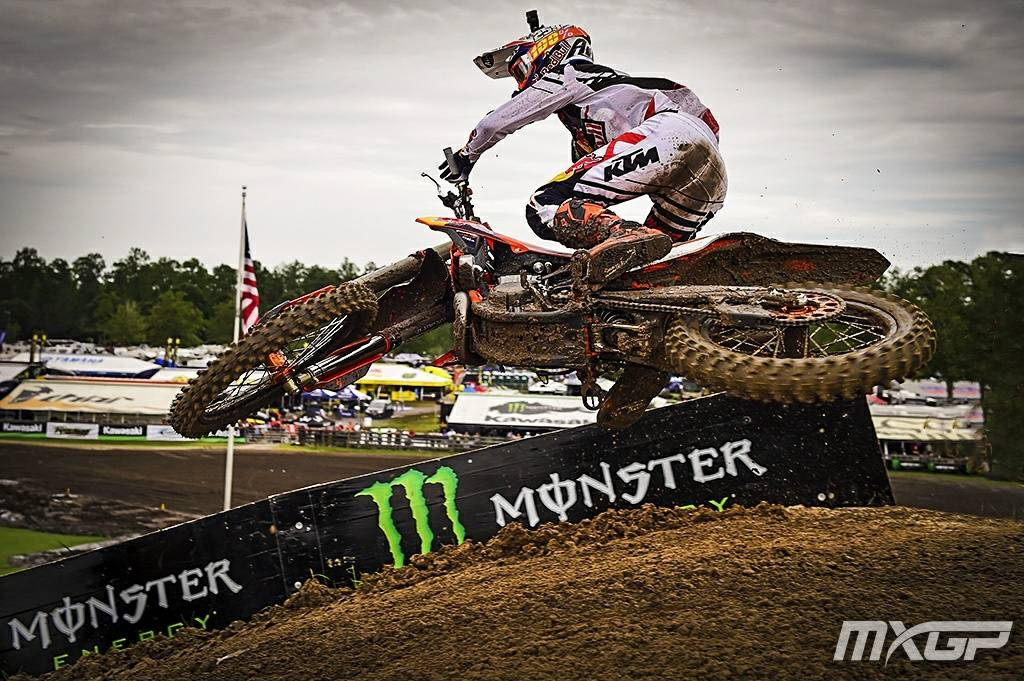 RT @mxgp: #TurnDownTuesday with @glenncoldenhoff from the @MonsterEnergy  MXGP of USA https://t.co/ipHG0AlfAB