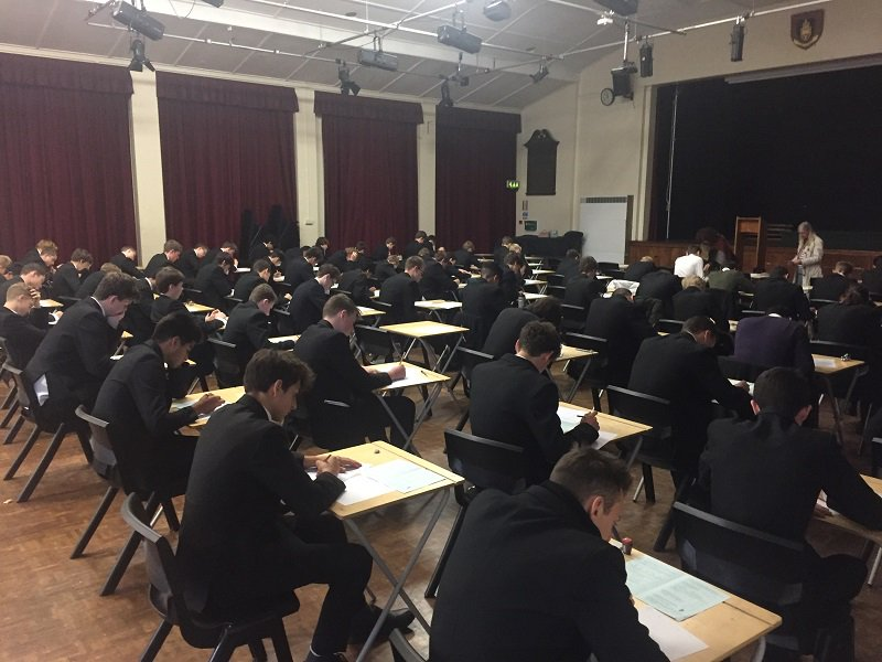 test Twitter Media - Mathematicians from years 11, 12 and 13 taking part in the @UKMathsTrust Senior Maths Challenge today https://t.co/7NLyvAQGth