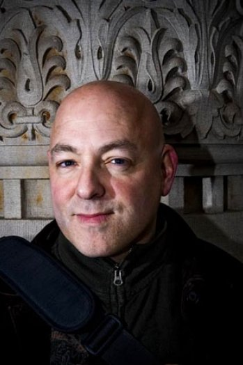 .@BRIANMBENDIS leaves Marvel for DC
