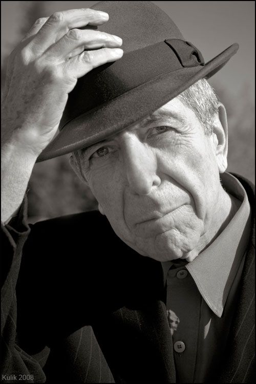 """The last refuge of the insomniac is a sense of superiority to the sleeping world.""   ~ Leonard Cohen https://t.co/LG5tG876Co"