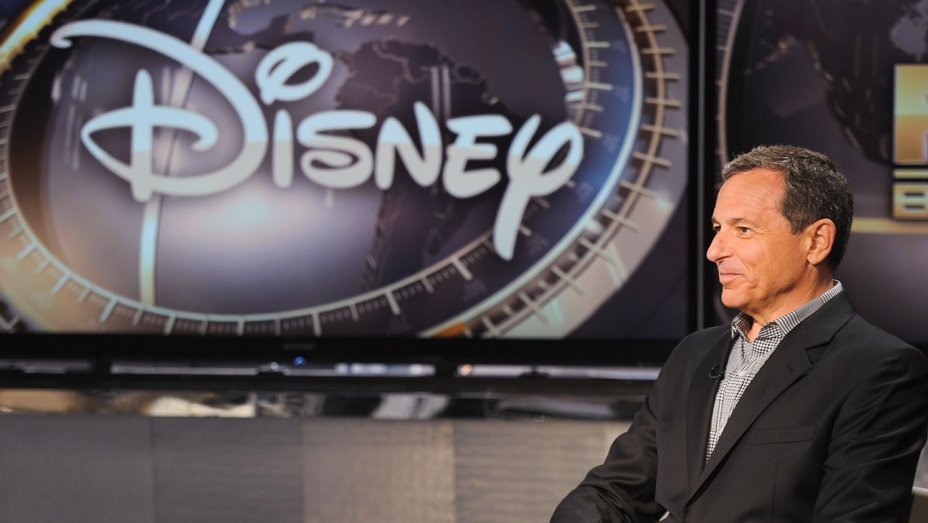 Update: @Disney backs off @LATimes ban following backlash
