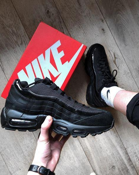 2f210cfe2908 Air Max  RG   lilxmg showing her  nike Air Max 95 in black patent ...
