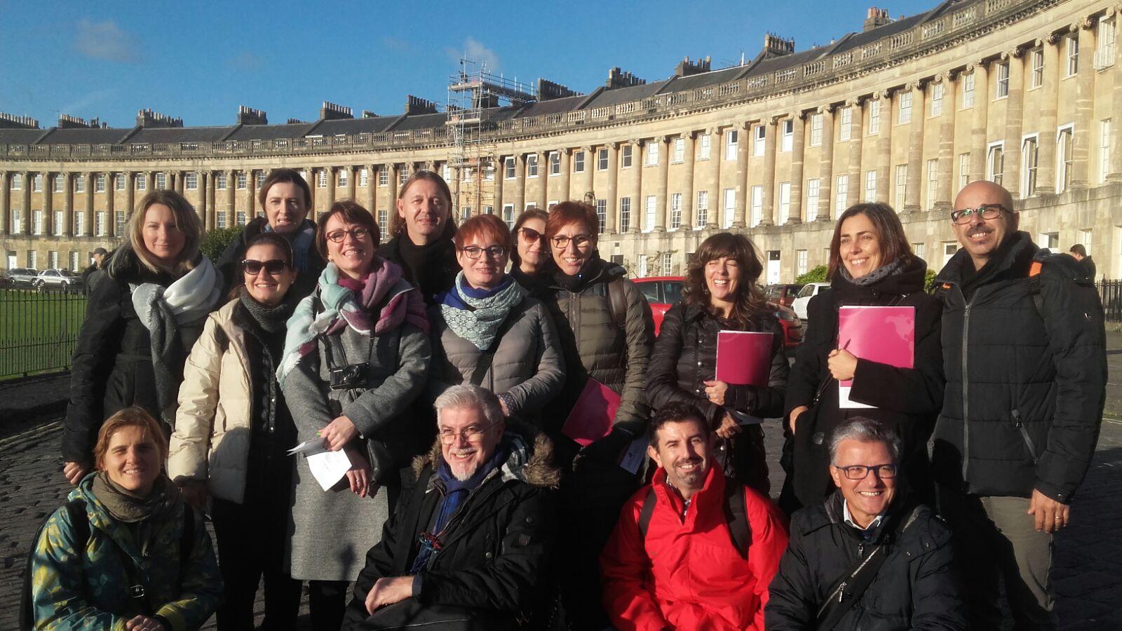 In Bath learning new ICT with European teachers. @LaPurisimaValen @EUErasmusPlus https://t.co/B0pd2xfIry