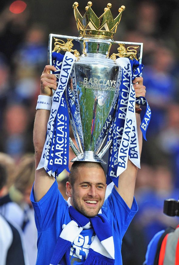 Happy birthday to former blue Joe Cole who turns 36 today!