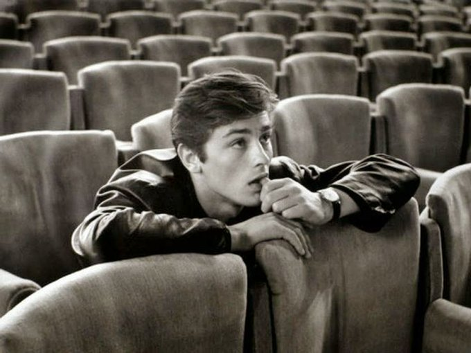 Happy birthday to the legendary Alain Delon, who turns 82 today.