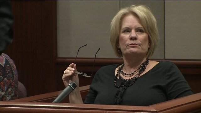 Pam Hupp wants murder trial delayed