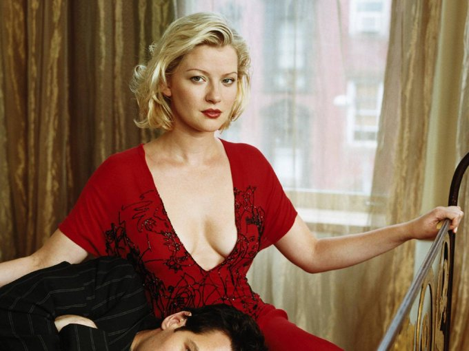 Happy Birthday to Gretchen Mol, who turns 45 today!