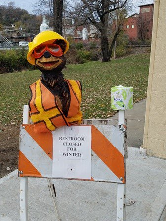 test Twitter Media - The restroom in English Landing Park @parkvillemo is closed for the fall/winter  season and will reopen spring 2018. Portable restrooms are located in English Landing Park, Platte Landing Park and at the Farmer's Market. #BuddyParkerPKV https://t.co/yHN2uGDA3G