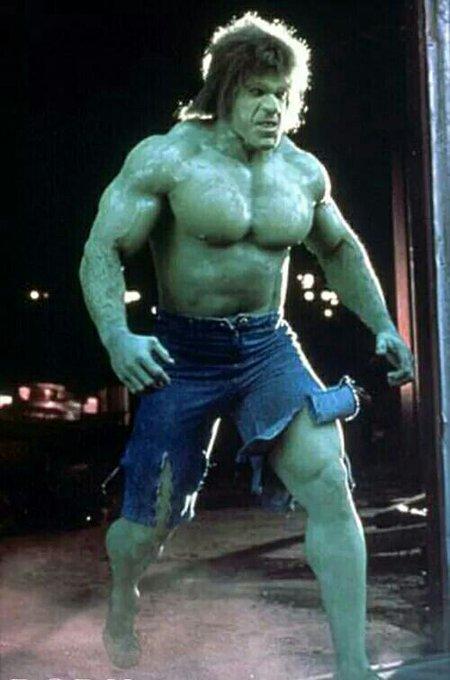 Lou Ferrigno, l unico vero Hulk, compie gli anni : happy birthday Mr Ferrigno!