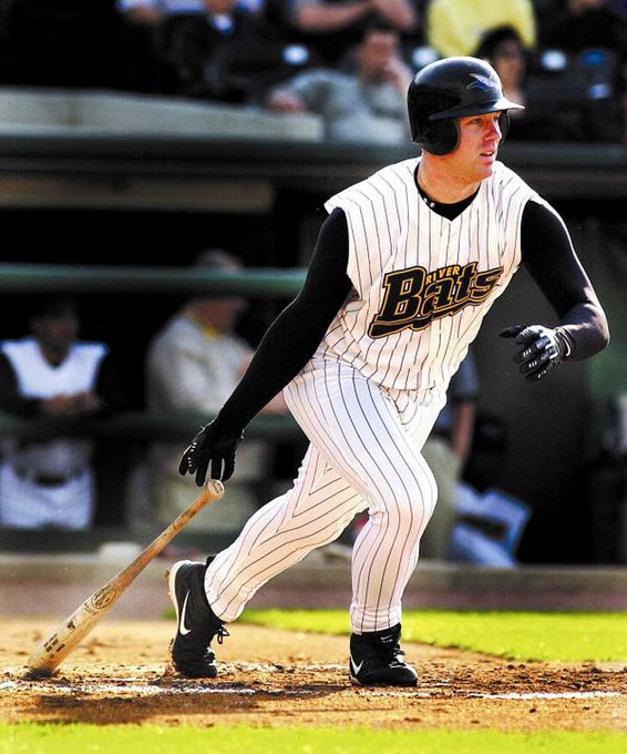 Happy birthday to former Louisville Riverbat, Adam Dunn!