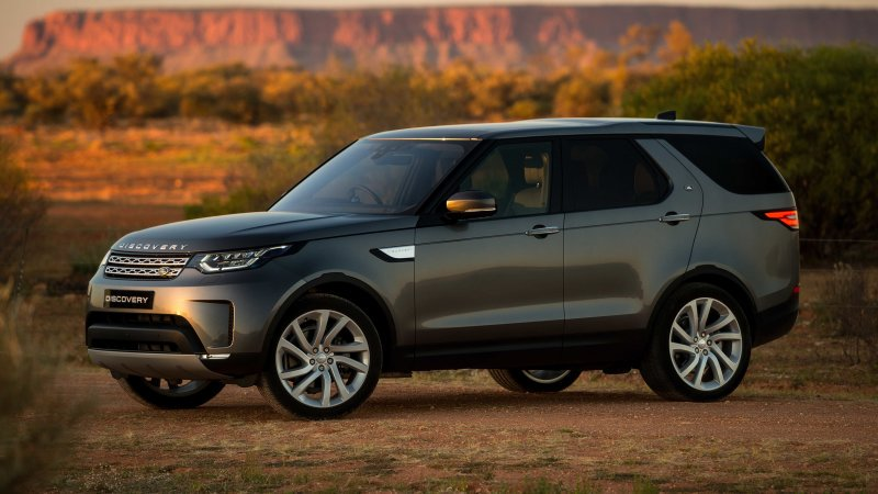 2018 Land Rover Discovery adds diesel option to all trims, price hikes across the board