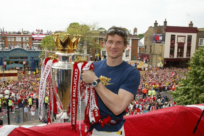 48 years old 147 appearances   77 clean sheets  Happy birthday to our German legend, Jens Lehmann!