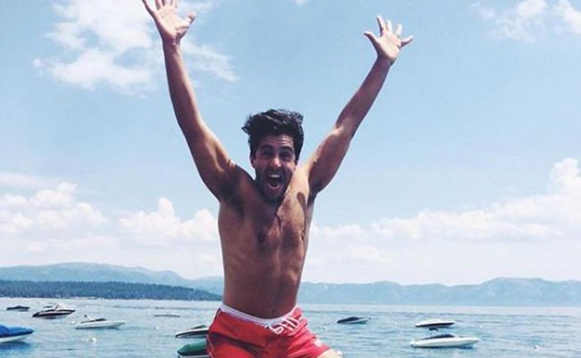 Happy Birthday Josh Peck! The actor s hottest moments ever
