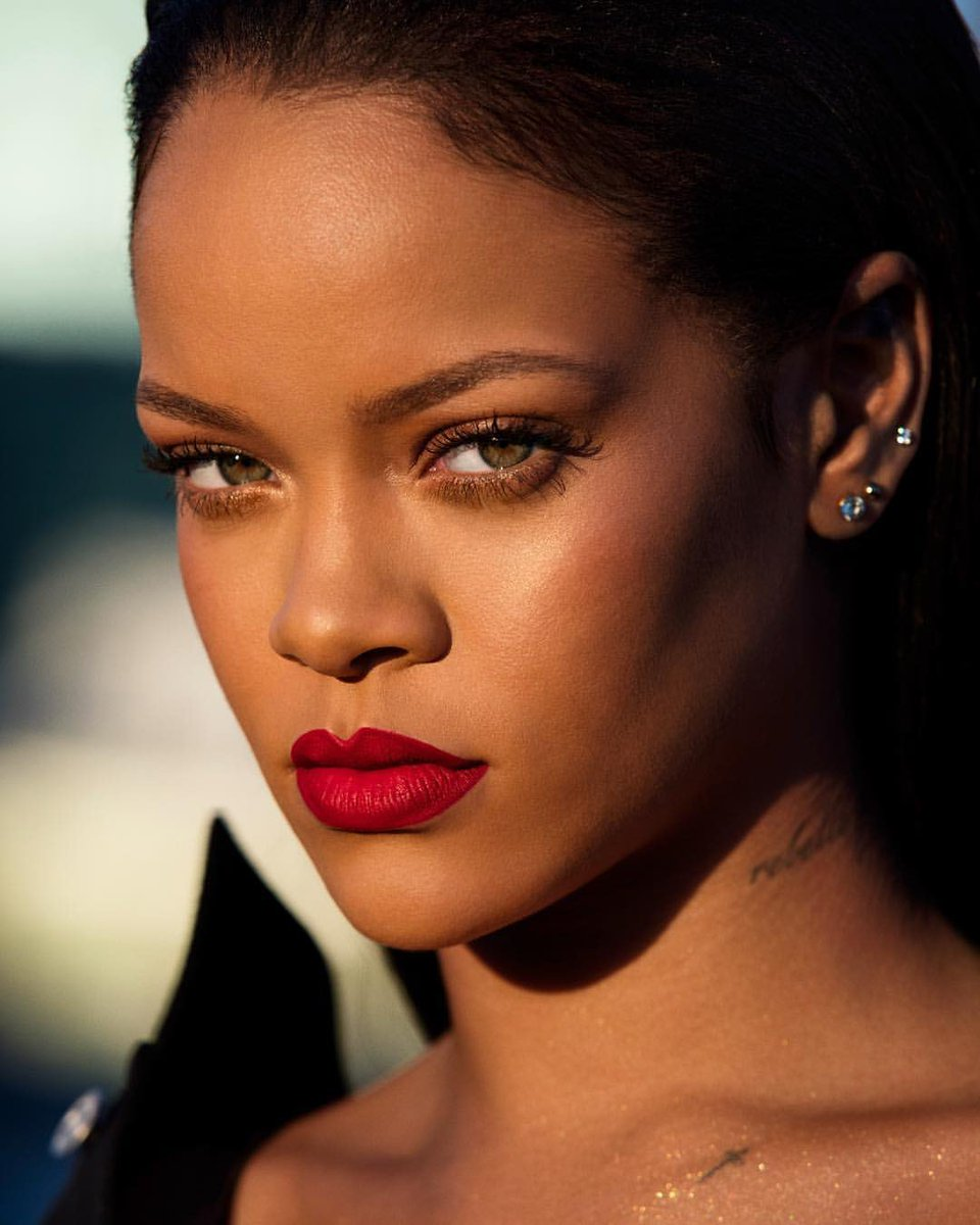 Rihanna News And Photos: Biography, News, Photos And Videos