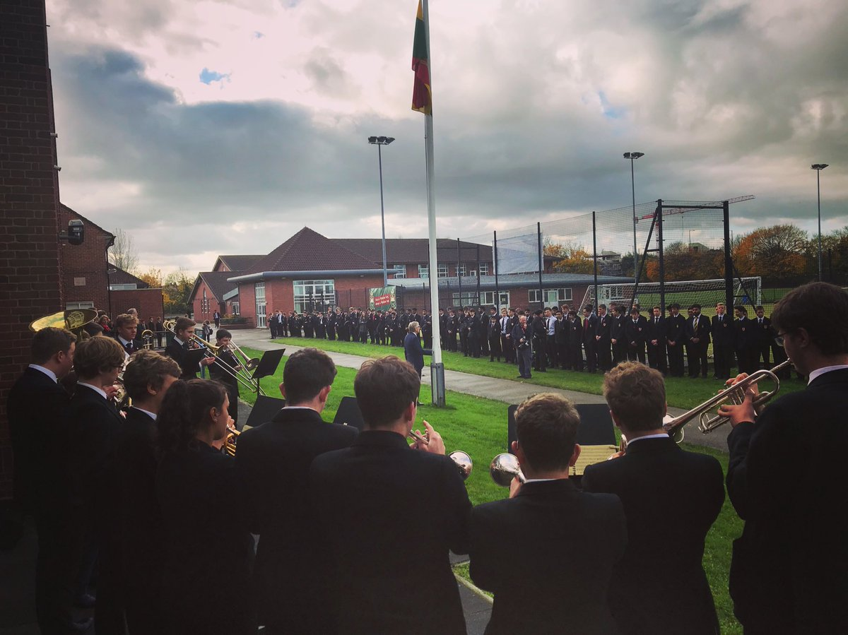 test Twitter Media - Today we remembered those former pupils of @TWBS who gave their lives in WW1 & 2. Many thanks to all who made it such a moving occasion. https://t.co/8mDtwMIOnW