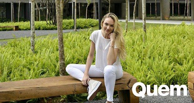 Candice Swanepoel. Foto do site da Quem Acontece que mostra Casada com brasileiro, Candice Swanepoel fala sobre lar no Brasil: Amo estar aqui