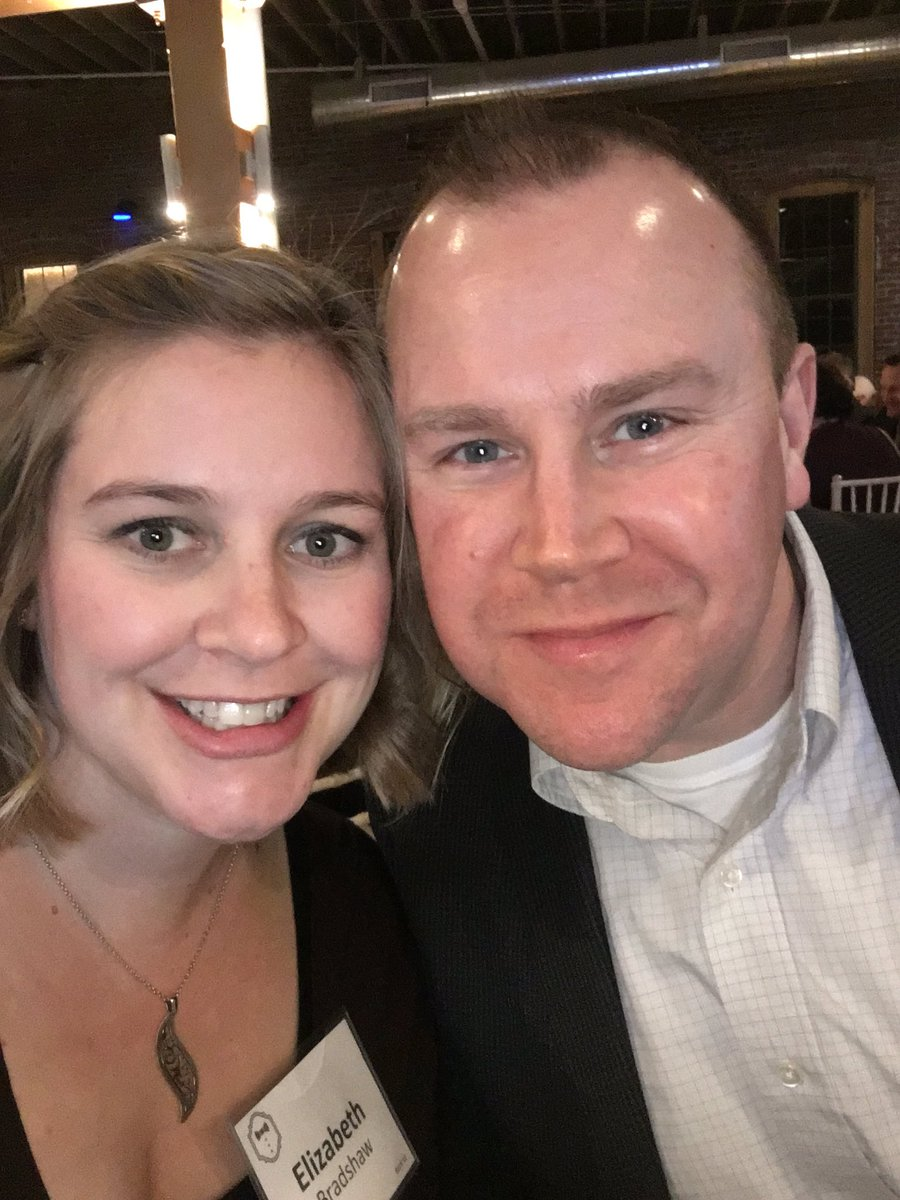Date night for a good cause. #lvhfgala2017 #makeitok @Lakeview_H https://t.co/RPhDPXwmIU