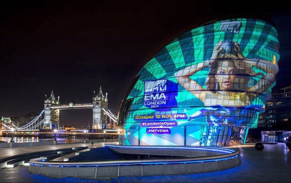 2 days to go!! @mtvema https://t.co/KInOUGs8ZA