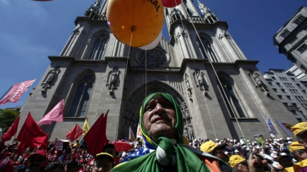 Thousands protest austerity measures in Brazil