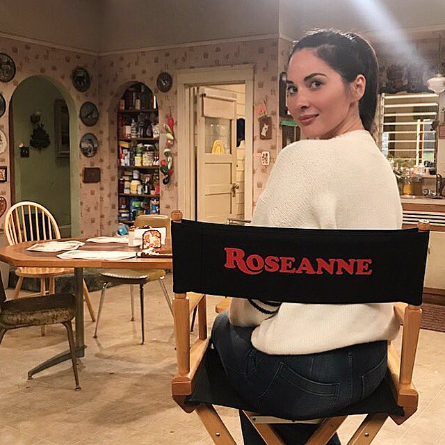 Still can't believe I got to #fangirl out on this set last night ????????❤️ #roseanne https://t.co/DGrbgX7hin