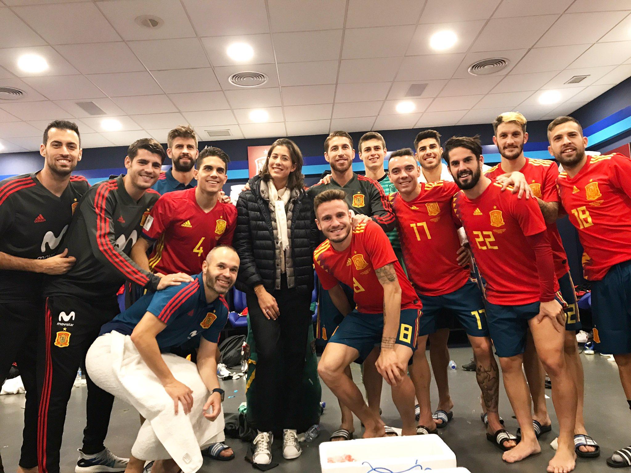 Que bien lo he pasado viendo a este equipazo! Had fun watching this great team!  @sefutbol ゚ᄂリ゚マᄐ゚ᄂリ゚マᄐ゚ᄂリ゚マᄐ゚ᄂリ゚マᄐ゚メᆬ゚メᆬ゚メᆬ゚メᆬ゚モᄌ゚モᄌ゚モᄌ゚メピメヒ https://t.co/nShSK8zh0r