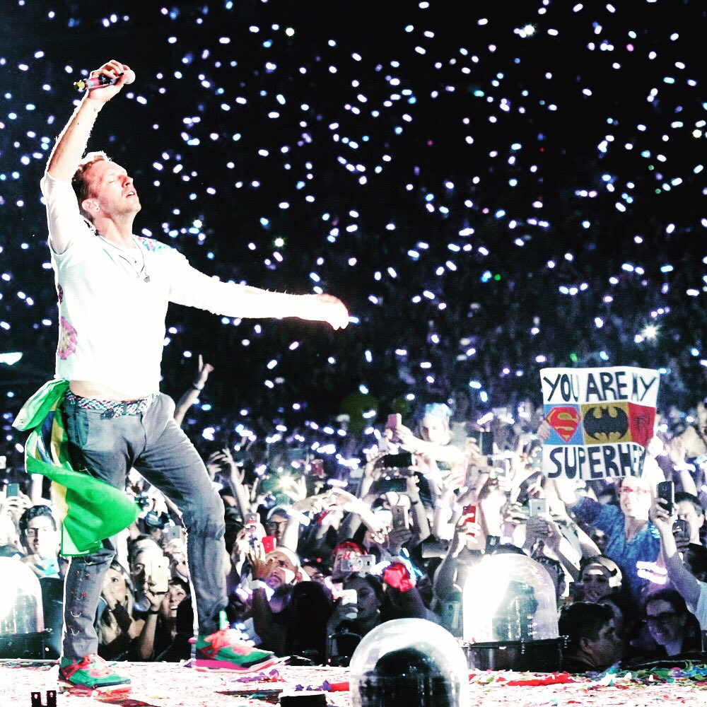 No Superhero.... R42 #ColdplayPortoAlegre https://t.co/aQx3Wyye7a