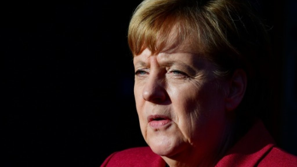 Merkel in final push for coalition to avert crisis