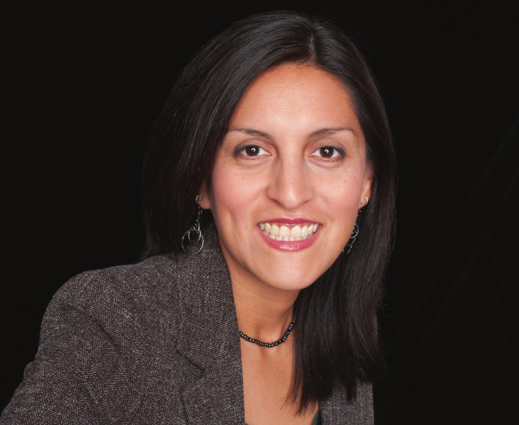 Esther Cepeda: Targeting teacher tax credit hurts students