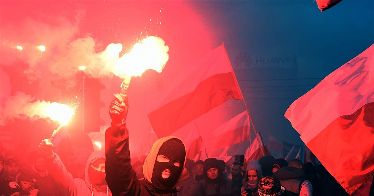 'White Europe': 60,000 join far-right march in Poland