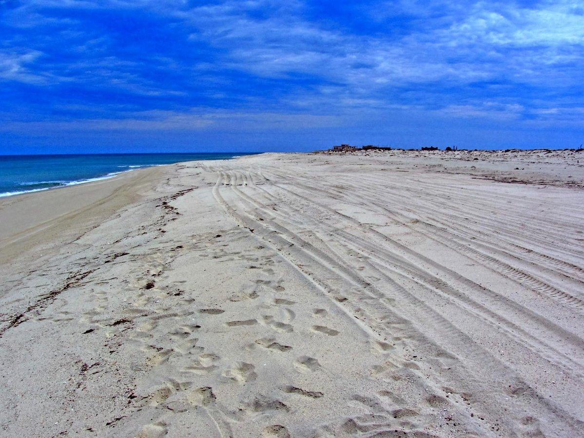 LHPE Beachfront A-95 East Cape, MLS# 16-1872 $230,000 USD More info: https://t.co/GBzlikxx7T  #cbriveras #realtors https://t.co/yCbSsXkBYH