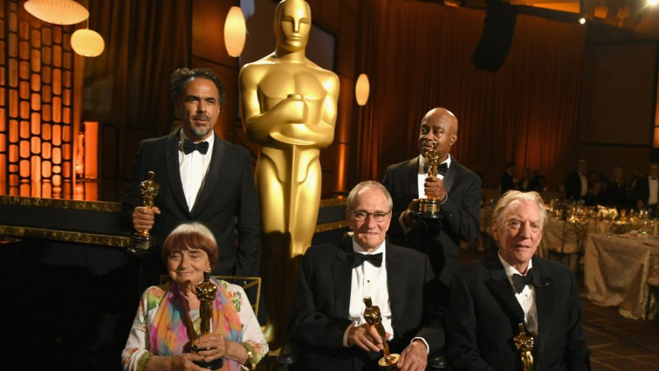 Academy avoids harassment talk as five legends get Governors Awards