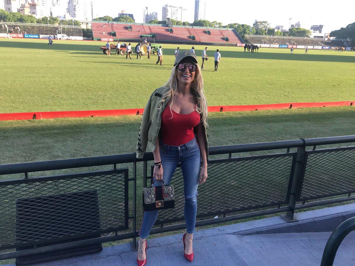 Torneo abierto de Palermo #CampoArgentinoDePolo #Polo #Alegría #Yatay ???????????? https://t.co/aZHxJHp4ci