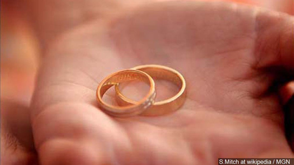 Police search for wedding ring lost in Halloween candy bag