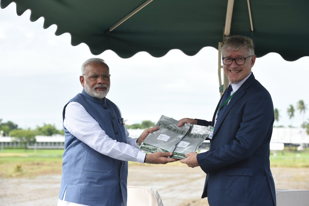 A contribution from India to IRRI…presented two Indian rice seed varieties to the IRRI gene bank.