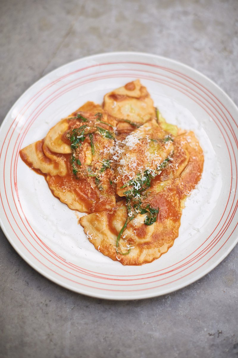 Jamie's delicious, sweet, nutty squash ravioli! Make it from scratch... https://t.co/5FJrV4McaY https://t.co/5pUgup3aYk