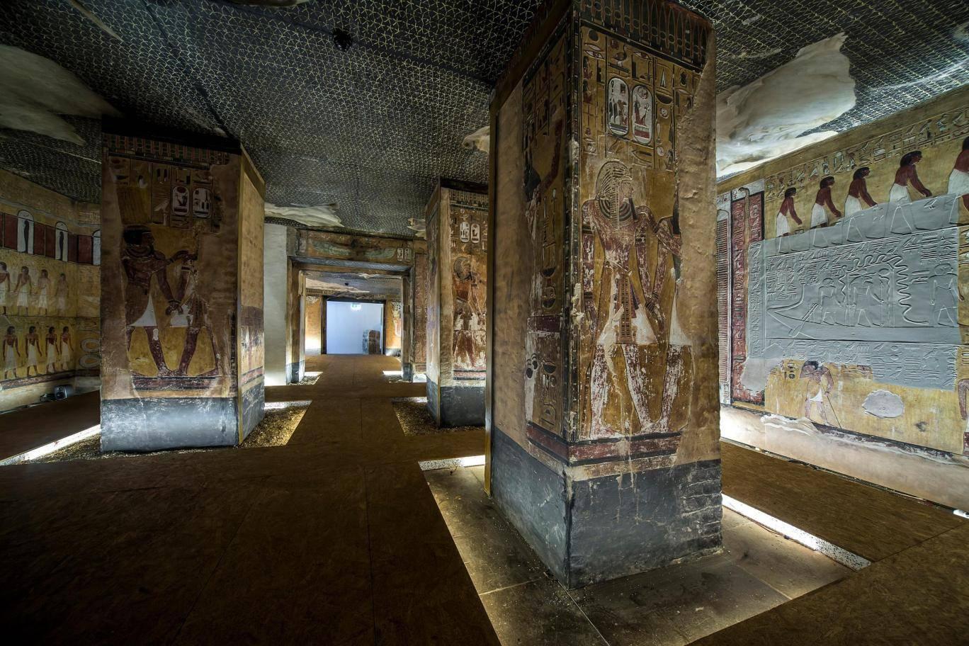 Ancient Egyptian tomb resurrected using 3D printer https://t.co/9Z9ITwFtZg https://t.co/8B6pmqw93L