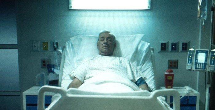 House of Cards: 6ª temporada já está sendo reescrita sem Frank Underwood https://t.co/Ohl4EH2iSo https://t.co/bBiOViJGgH